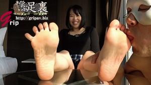 剥きたて柔らか足裏と足コキ電気アンマ/今泉花菜