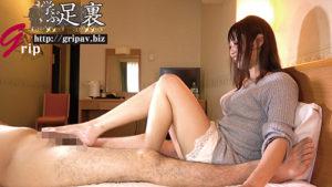 長い美脚の170cm高身長奥さんのM男踏みコキ責め&顔面騎乗舐め犬奉仕/高身長素人妻の綾さん